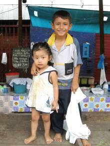 Bambini al mercato, Iquitos, Amazzonia